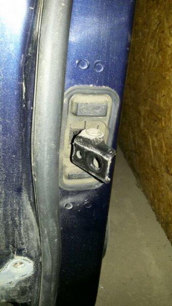 Ограничитель двери Ford C-Max C214 AODA 2005 задний правый