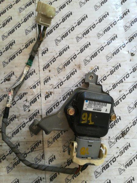 Блок управления вентилятором Honda Inspire UC1 J30A 2003