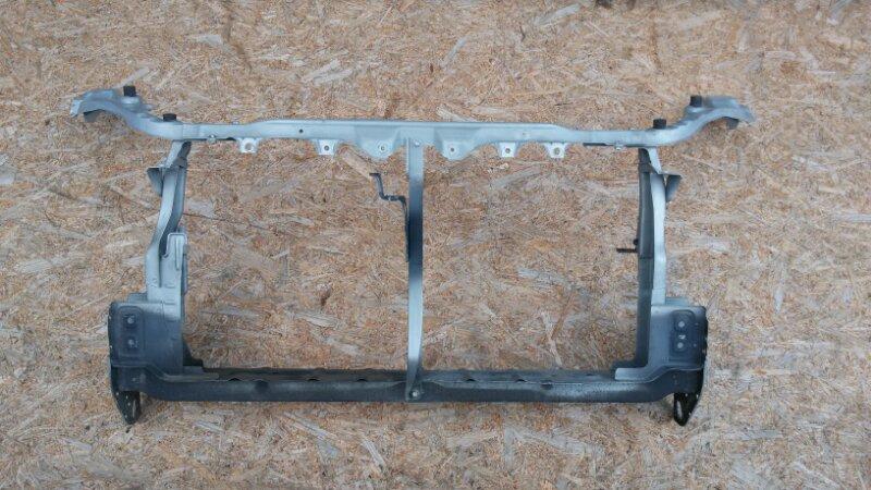 Рамка радиатора Toyota Wish ZNE14G 1ZZ-FE 2004