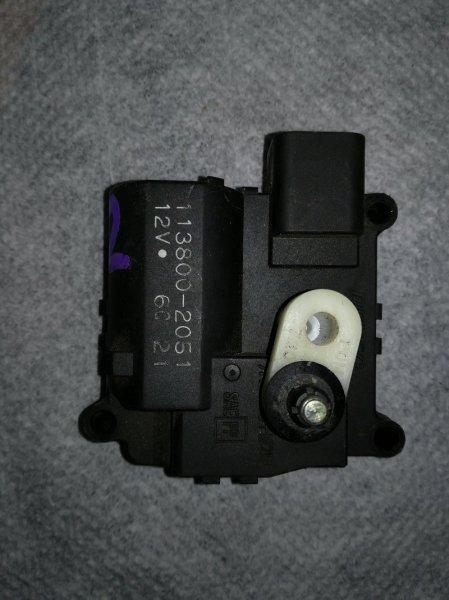 Моторчик заслонки отопителя Toyota Opa ZCT10 1ZZ-FE 2001
