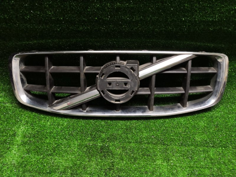 Решетка радиатора Volvo Xc70 BZ передняя