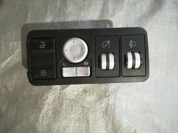 Блок управления зеркалами Lifan X60 215800 LFB479Q 2014