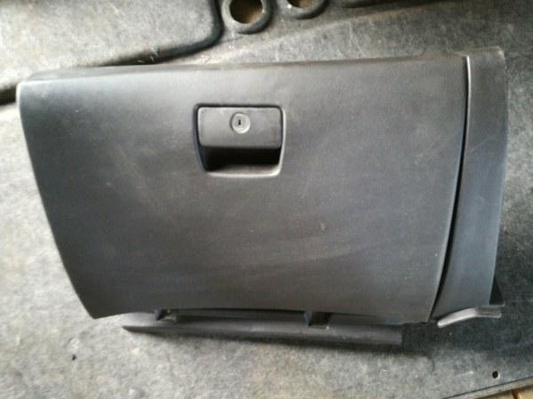 Бардачок Chevrolet Cruze J300 F16D3 2011