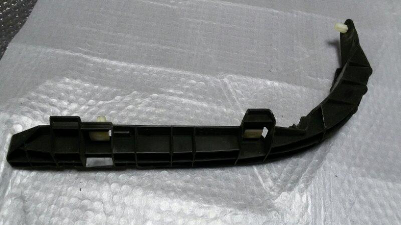 Крепление бампера Toyota Corolla Fielder ZZE-122 1ZZ-FE 2005 заднее правое