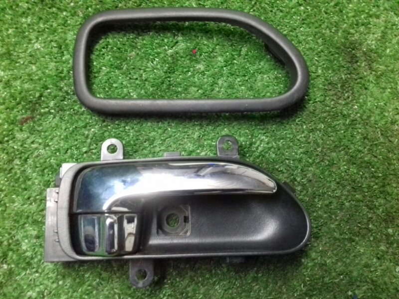 Ручка двери внутренняя Nissan X-Trail NT31 MR20 2011 передняя правая