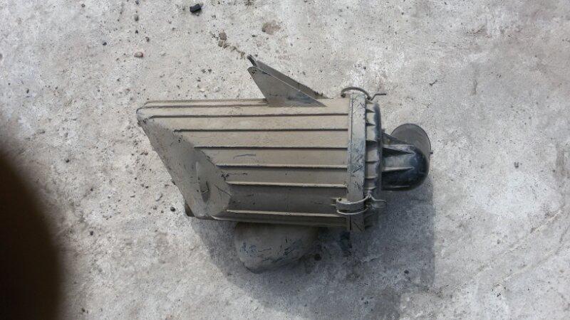 Корпус воздушного фильтра Mazda Bongo Friendee SGL5 WL 1997