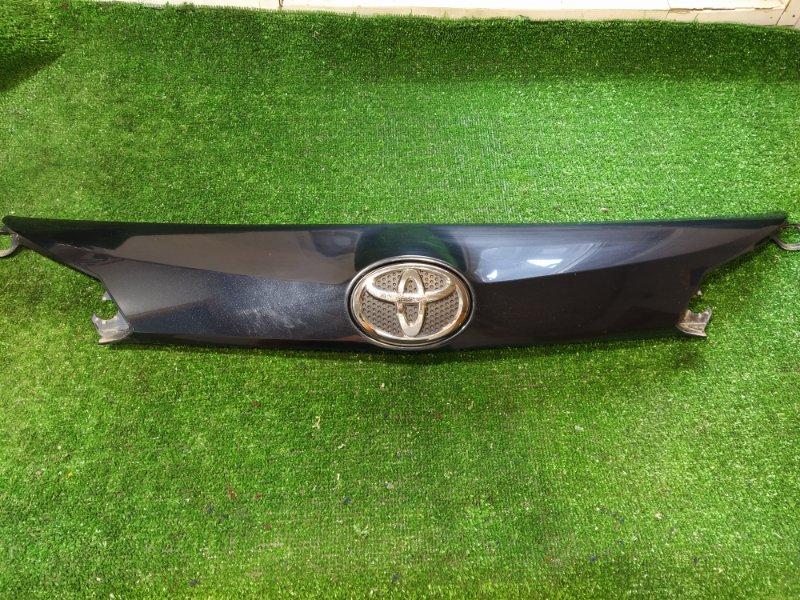 Накладка двери багажника Toyota Rav 4 ASA44 2AR-FE 2016