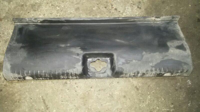Накладка багажника Hyundai Solaris RB G4FC 2015
