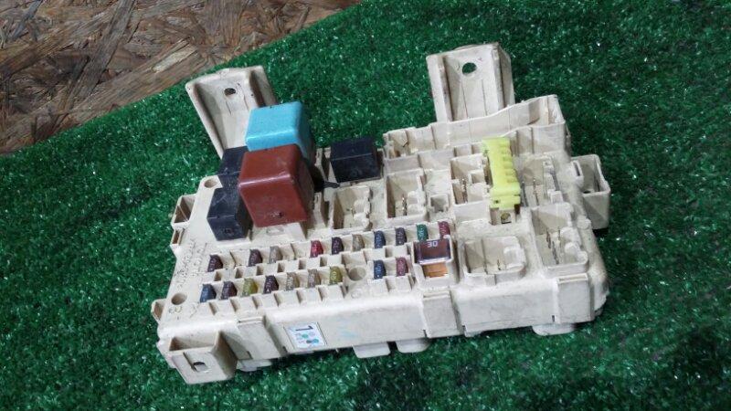 Блок предохранителей Toyota Opa ZCT10 1ZZ-FE 2001