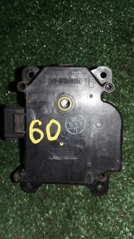 Моторчик заслонки отопителя Honda Cr-V RD5 K20A 2001