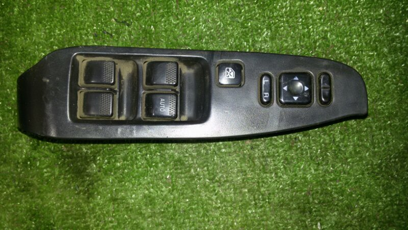 Блок управления стеклами Subaru Legacy BE5 EJ20 2000