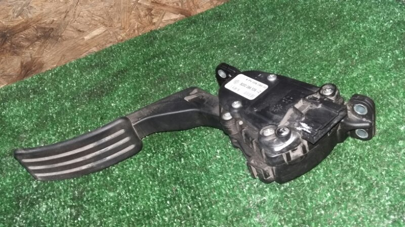 Педаль газа Nissan Almera G15 K4MF496 2016