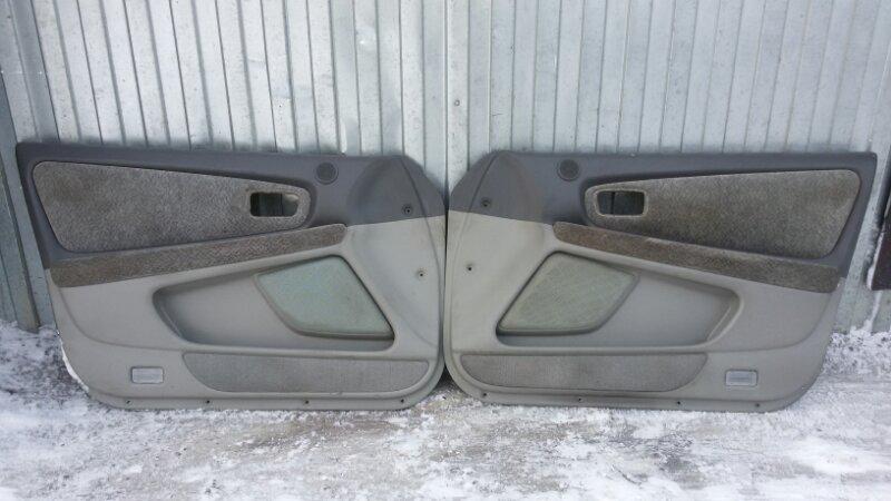 Обшивка двери Toyota Mark Ii JZX100 1JZ-GE 1998