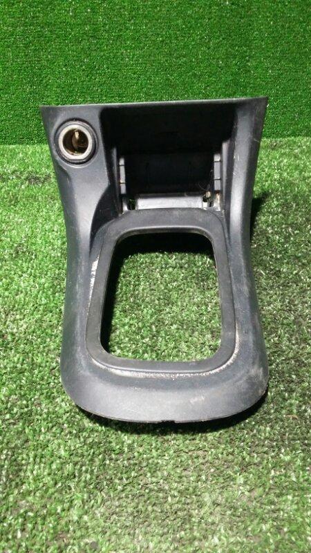 Консоль между сидений Nissan Ad VFY11 QG15 2000