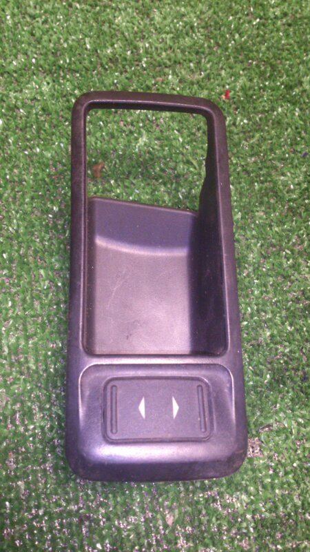 Кнопка стеклоподъемника Ford Focus CB4 ASDB 2007 передняя правая