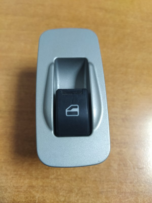 Кнопка стеклоподъемника Chery Tiggo T11 SQRE4G16 2012