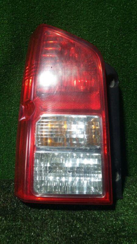 Стоп-сигнал Nissan Pathfinder R51 YD25 2006 левый