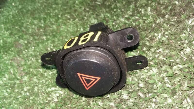 Кнопка аварийной сигнализации Nissan Pathfinder R51 YD25 2006
