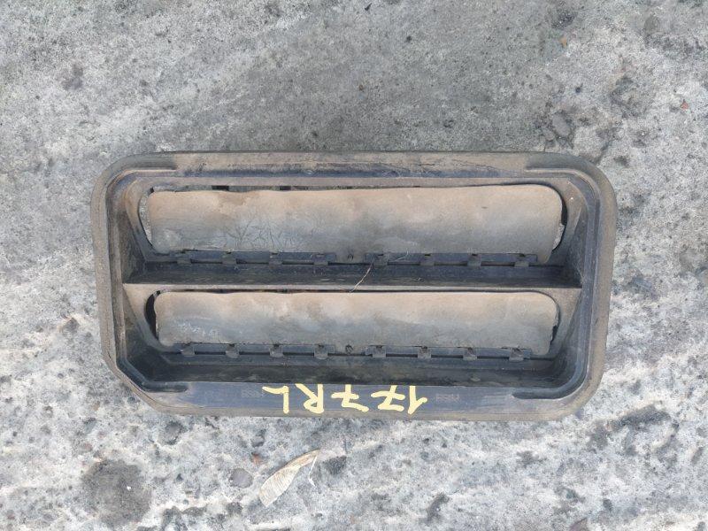 Решетка вентиляции в багажник Daewoo Winstorm KLAC Z20S1 2008