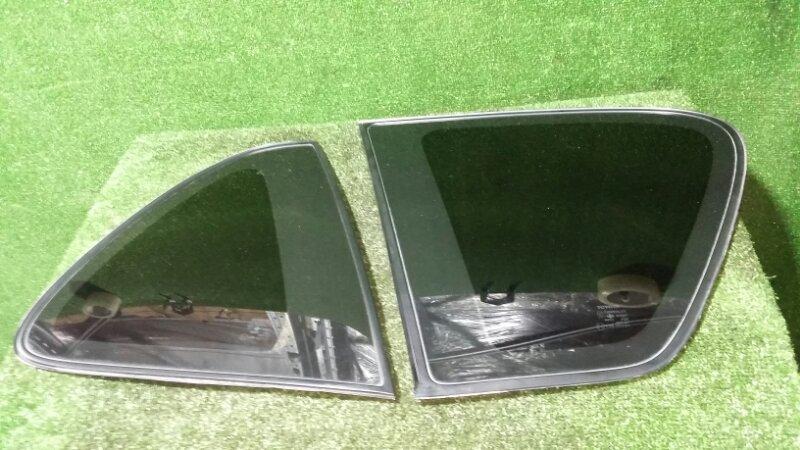Стекло собачника Toyota Ipsum SXM10 3S-FE 1998 левое