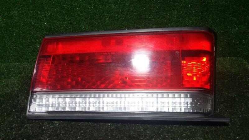 Стоп-сигнал Nissan R'nessa N30 SR20DE 1997 задний правый