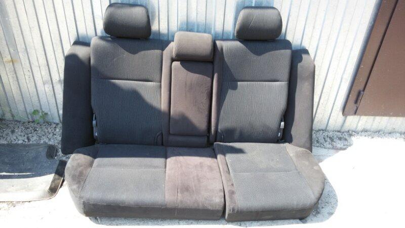 Сиденья Toyota Corolla Fielder ZZE122 1ZZ-FE 2005 задняя