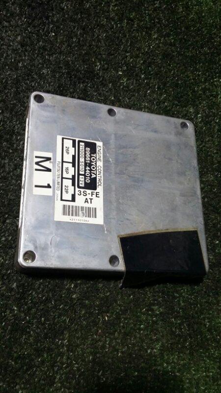 Блок управления двигателем Toyota Ipsum SXM10 3S-FE 1998