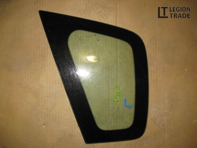 Стекло собачника Honda Civic EU2 левое