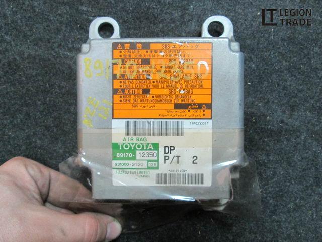 Блок управления airbag Toyota Corolla Runx NZE121