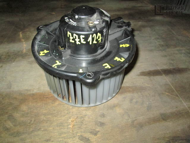 Мотор печки Toyota Will Vs NZE121