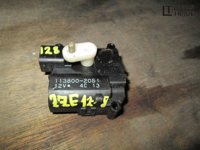 Сервопривод заслонок печки Toyota Will Vs ZZE128