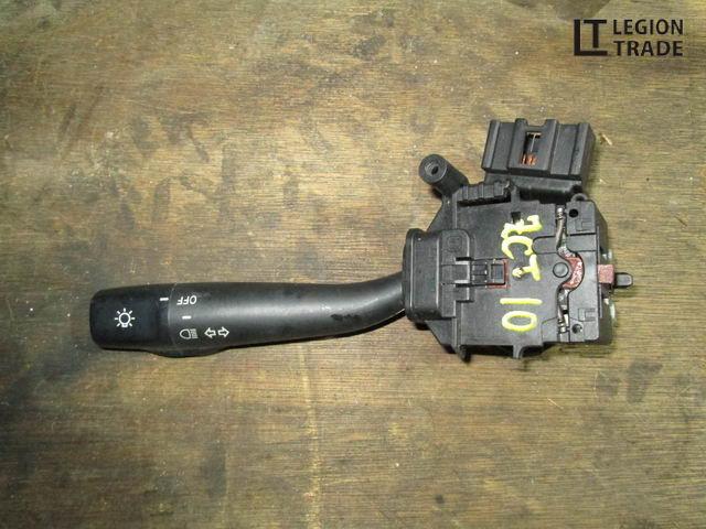 Блок подрулевых переключателей Toyota Opa ZCT10 правый