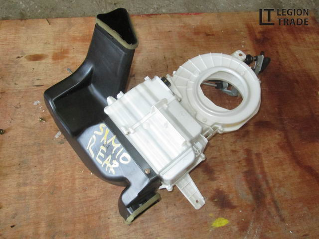 Корпус моторчика печки Toyota Gaia SXM10
