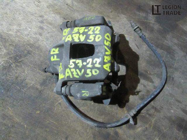 Тормозной суппорт Toyota Vista Ardeo AZV50 передний правый