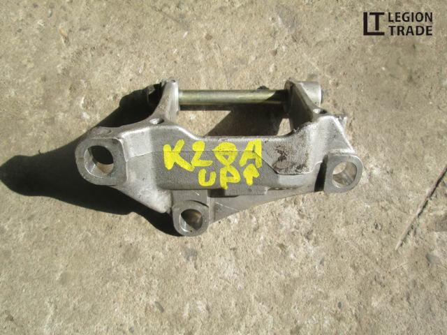 Кронштейн кпп Honda K20A верхний