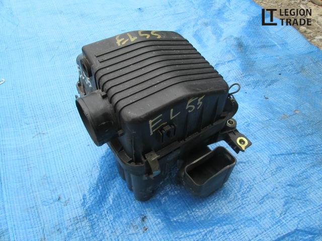 Коробка воздушного фильтра Toyota Corsa EL55