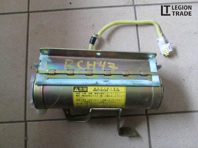Airbag пассажирский Toyota Hiace Regius RCH47