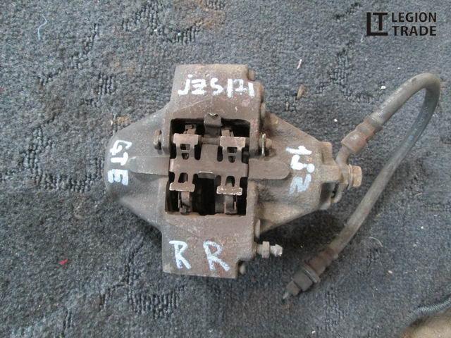 Тормозной суппорт Toyota Crown Athlete JZS171 1JZGTE задний правый