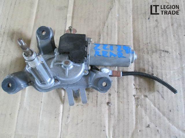 Моторчик заднего дворника Toyota Premio ZZT240