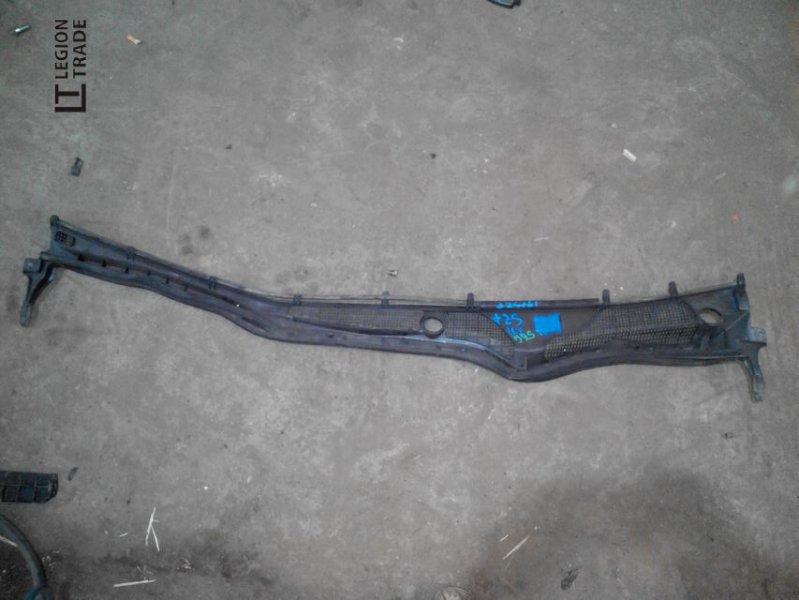 Решетка под лобовое стекло Toyota Aristo JZS161