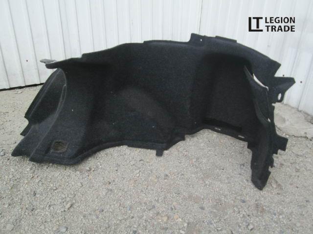 Обшивка багажника Toyota Avensis AZT250 задняя правая