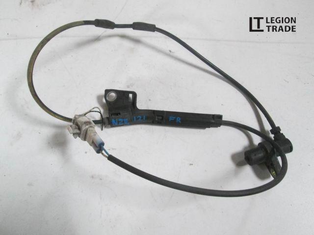 Датчик abs Toyota Allex NZE121 передний правый