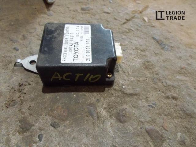 Блок управления Toyota Opa ACT10