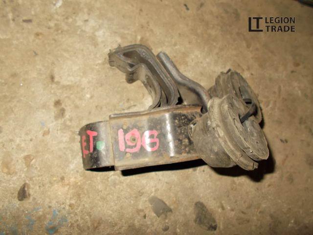 Крепление радиатора Toyota Caldina ET196