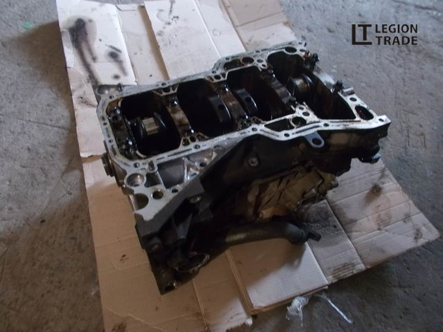 Блок цилиндров Nissan QR20DE