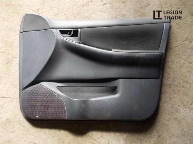 Обшивка дверей Toyota Allex NZE121 передняя правая
