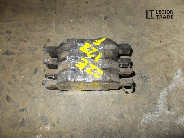 Тормозные колодки комплект Toyota Will Vs ZZE128 2ZZGE переднее