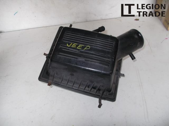 Коробка воздушного фильтра Jeep Grand Cherokee ZJ AMC242 608MX13 1999