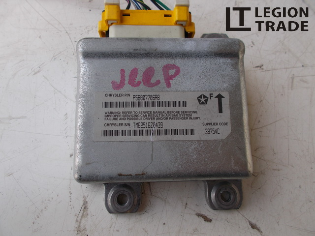 Блок управления Jeep Grand Cherokee ZJ AMC242 608MX13 1999