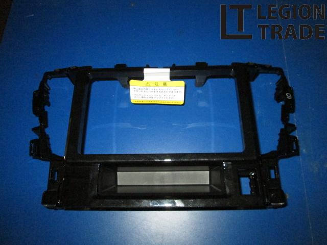 Панель под магнитофон Toyota Vellfire AGH30